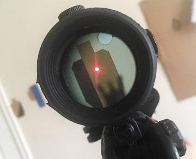 vue agrandie point rouge