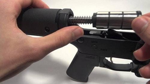 tampon de fusil et crosse assemblés