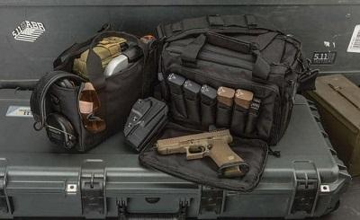 sac de gamme avec pistolets