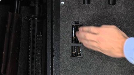 Barska Quick Access Biometric 16 Rifle Safe AX11780 batteries
