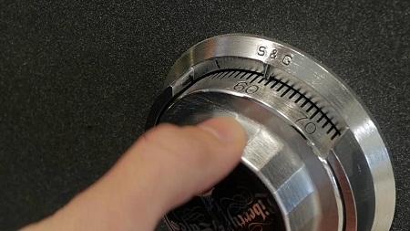 Serrure mécanique sécurisée Liberty à rotation manuelle