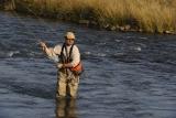 Les 7 meilleurs waders de pêche à la mouche examinés (Guide pratique 2021)