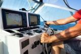 8 systèmes stéréo marins examinés en 2020 (systèmes audio pour bateaux)